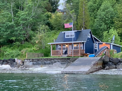 Puget Sound Waterfront - Blue Heron House