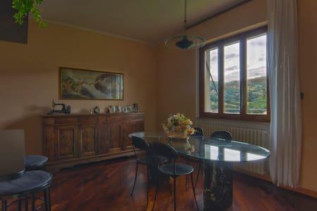 Casa in campagna relax  - Castel Focognano - Talo