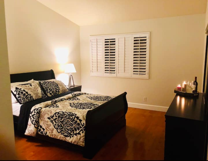 Big Master bedroom in very good location