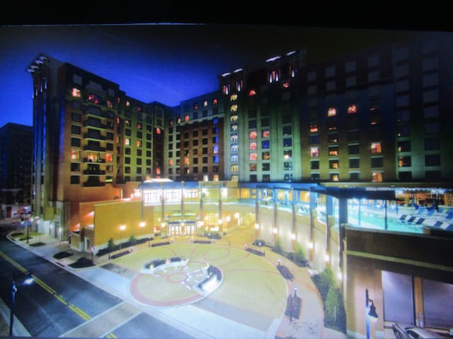 1 BEDROOM WITH BALCONY WYNDHAM NATIONAL HARBOR