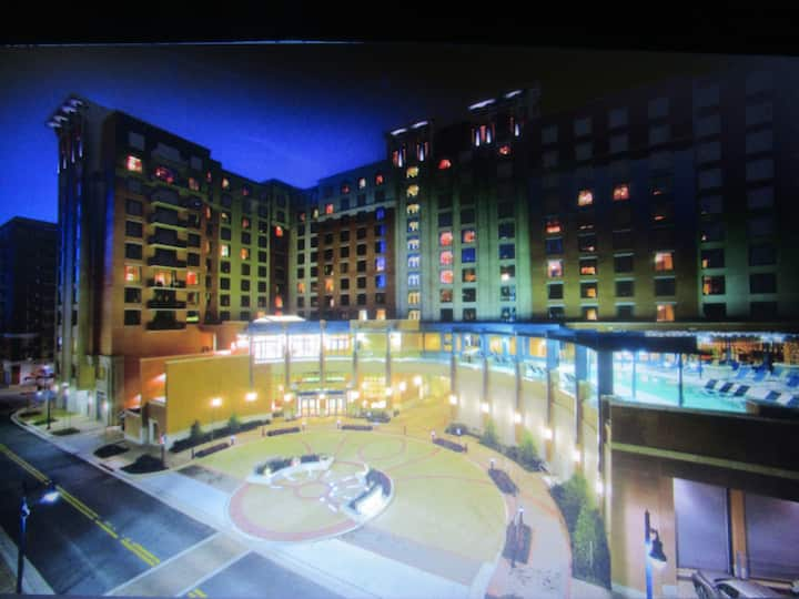 NATIONAL HARBOR 1 BEDROOM WITH BALCONY AT WYNDHAM