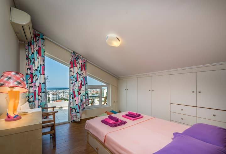 ❤️ Private en-suite room with amazing sea view ❤️
