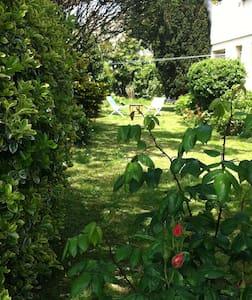 Rez de jardin à 100 m de la mer - English spoken ! - Donville-les-Bains