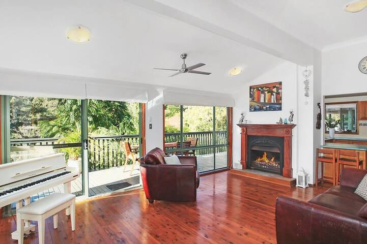 Walking distance to Terrigal Beach - Terrigal - Rumah