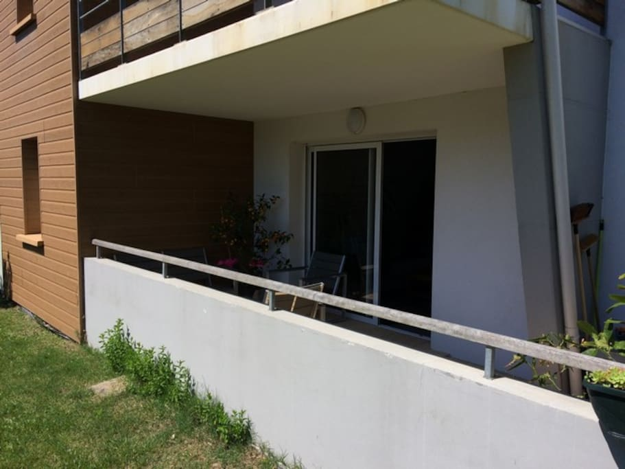 t2 bis derriere la dune terrasse sans vis a vis appartamenti in affitto a capbreton. Black Bedroom Furniture Sets. Home Design Ideas
