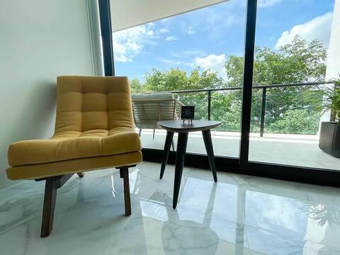 Luxury Apartment LEVEL 202