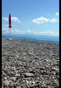 Blick aufs Meer....100m zum Strand - Alì Terme - Apartmen