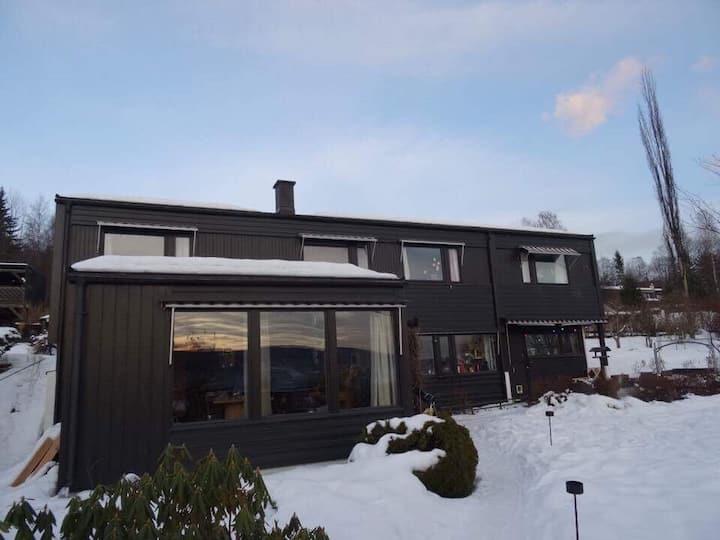 Romslig hus nær sentrum/Nordseter