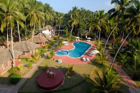 One room  beach side cottage in Chowara Kovalam