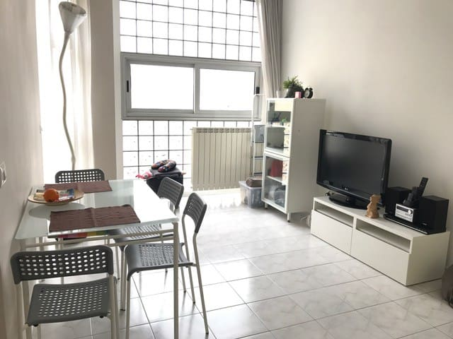 Nice little flat near downtown - Côme - Appartement