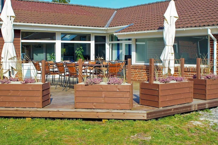 Lavish Holiday Home in Blåvand with Sauna