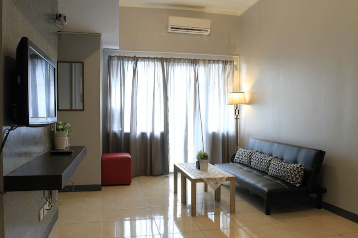 Affordable cozy spacious stay in north Jakarta!