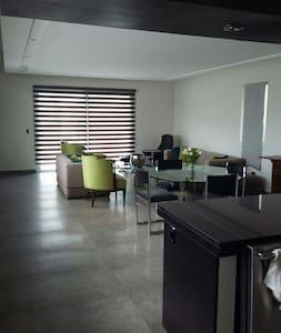 Habitación con alberca y jacuzzi - Casa