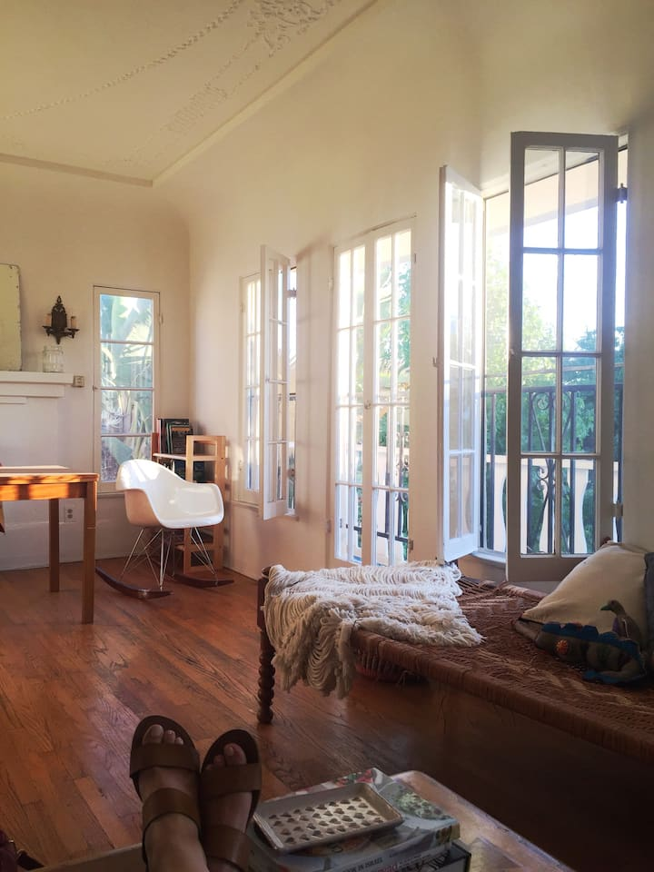 Sun-drenched, quiet, 1-bedroom apartment