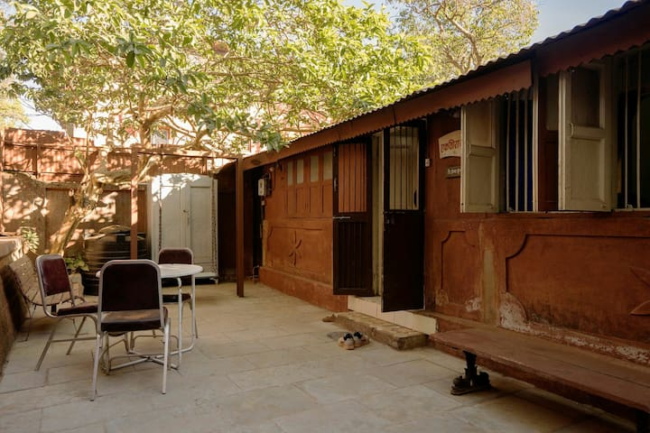 Matheran Bungalow - Rooms, A Free WiFi Homestay