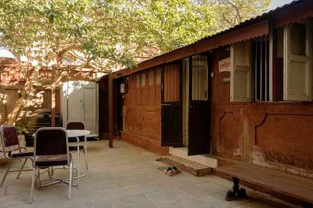 Matheran Bungalow, Homestay - Matheran - Hus