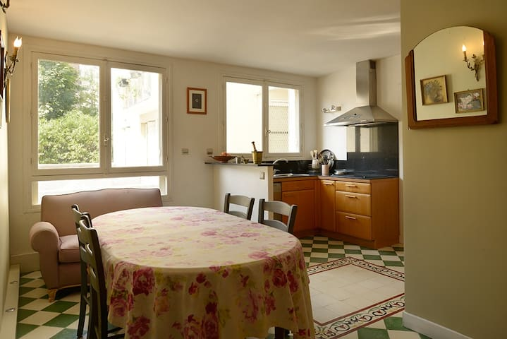 Dining room and open plan kitchen