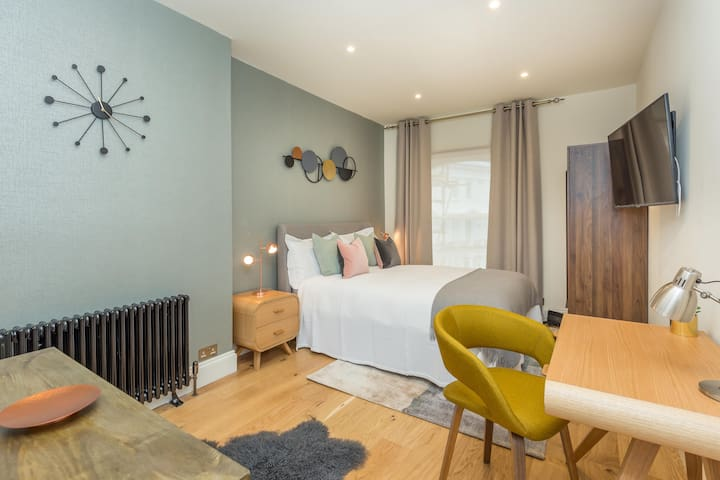 Gorgeous Studio In The Heart Of Notting Hill
