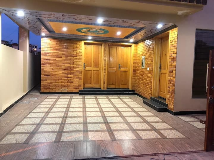 5 star luxury furnished house in bahria town