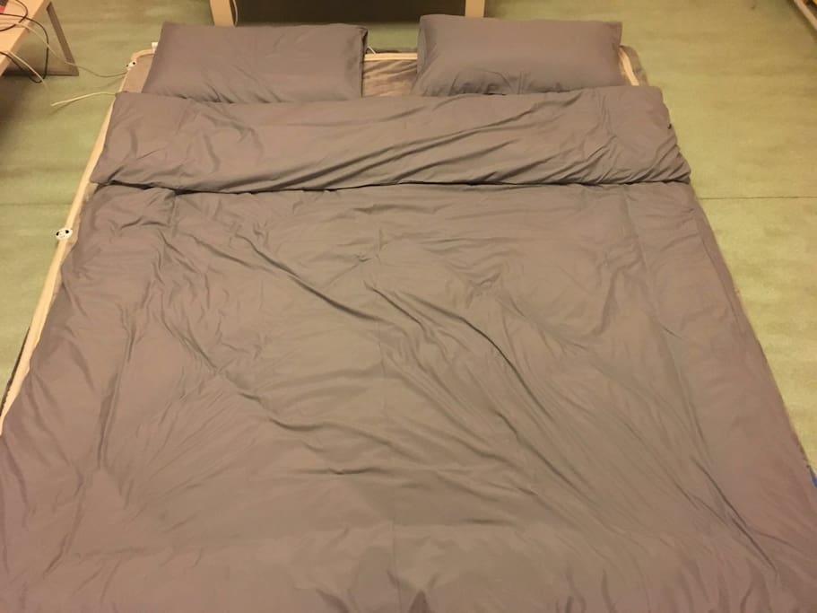 大床房榻榻米