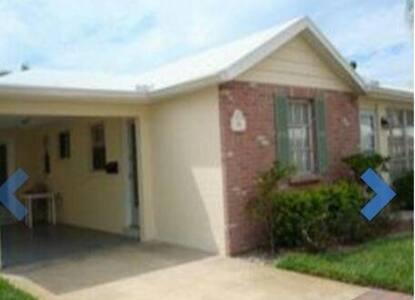 Sarasota, FL. Siesta Key Gulfside Villa - 2 br - シエスタキー - 別荘