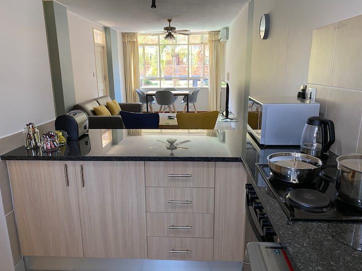 Ideally located stylish apartment in Arcadia