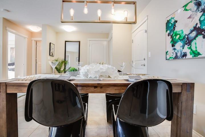 Relax Haven Luxurious Calgary Condominium