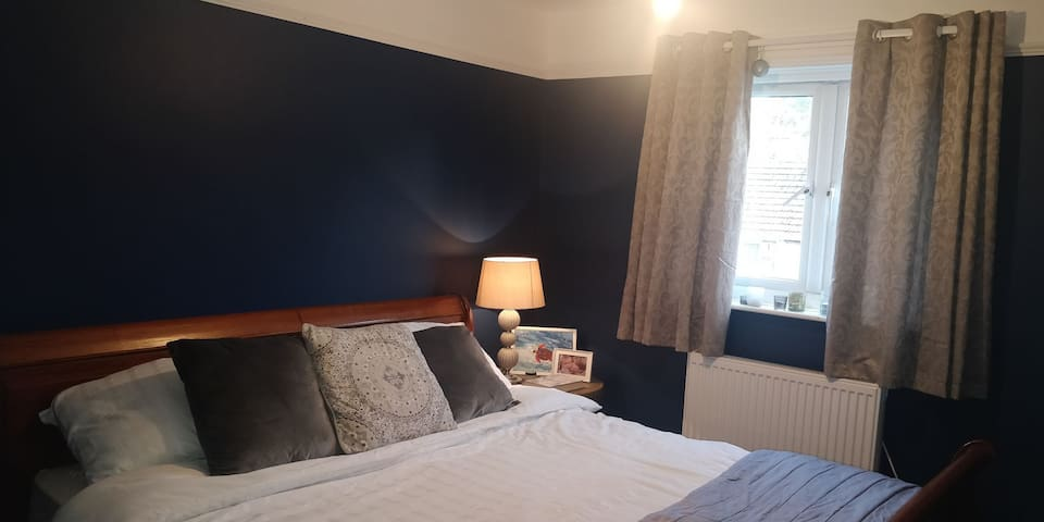 Good value double room, near Exeter & Dartmoor