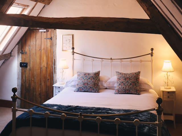 Blue Attic Room at Allington Manor