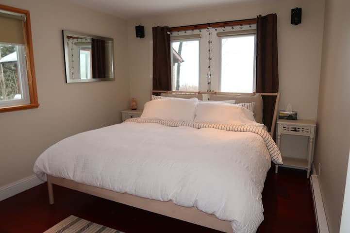 Main floor bedroom with king bed. Linens & pillows provided for this room.