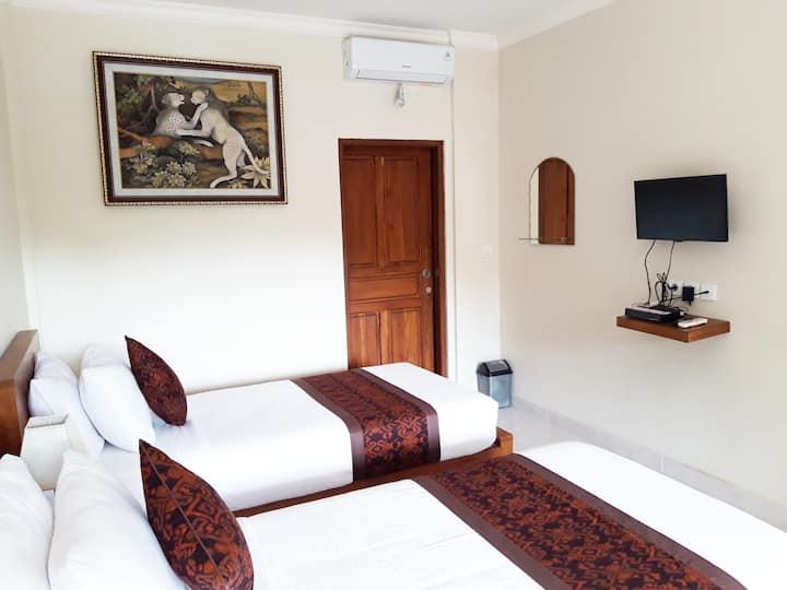 balimas bedroom, jungle view, swimming pool, quiet