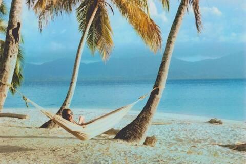 "San Blas Island ""Narasgandub Dummad"" on Big Orange"