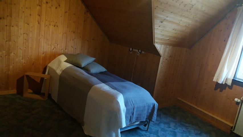 14 m2, i uforstyrrede, dog centrale omgivelser - Nørager