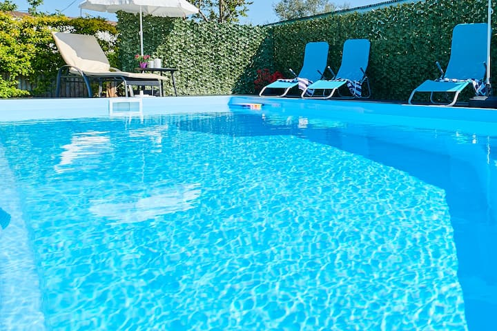 UMAG-CasaMia, Cozy apt with the private pool ****