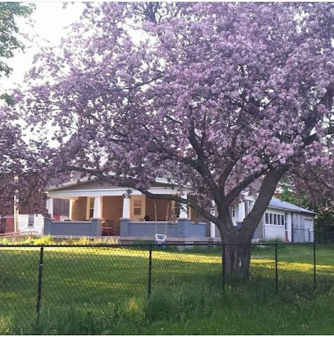 Starborn Farmhouse