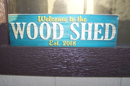 Wood Shed Tiny House!  Clean Country Air!