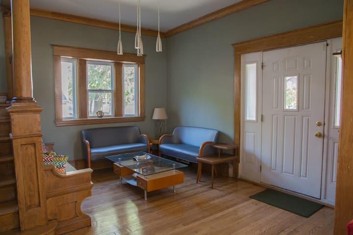 Honeycomb Hostel   Shared accommodation   Room 1