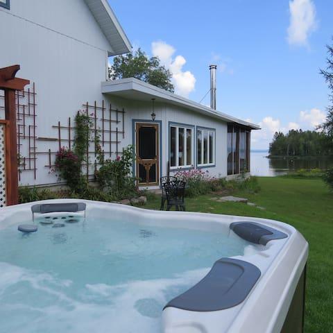 À l'Orée du lac, bord du Grand lac Nominingue - Nominingue - Villa