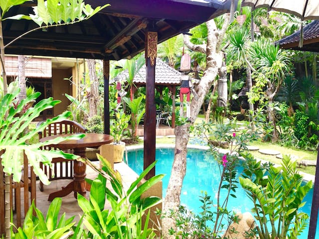 #10 Cozy home in Ubud area, pool, quiet, fast wifi - Ubud - Casa