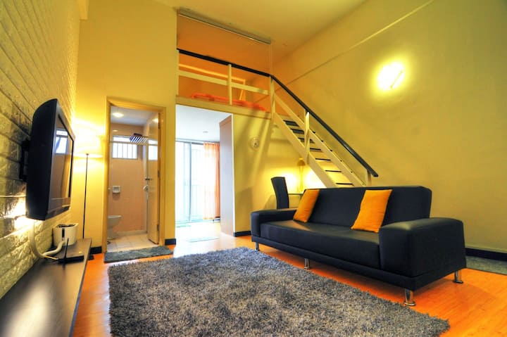 Awesome Studio Loft next to Shopping Mall