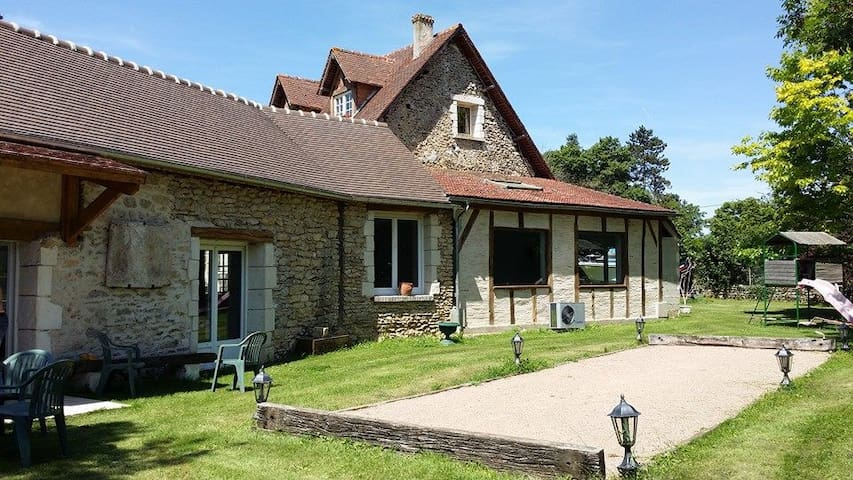 House w/ heated pool near Giverny - Fourges