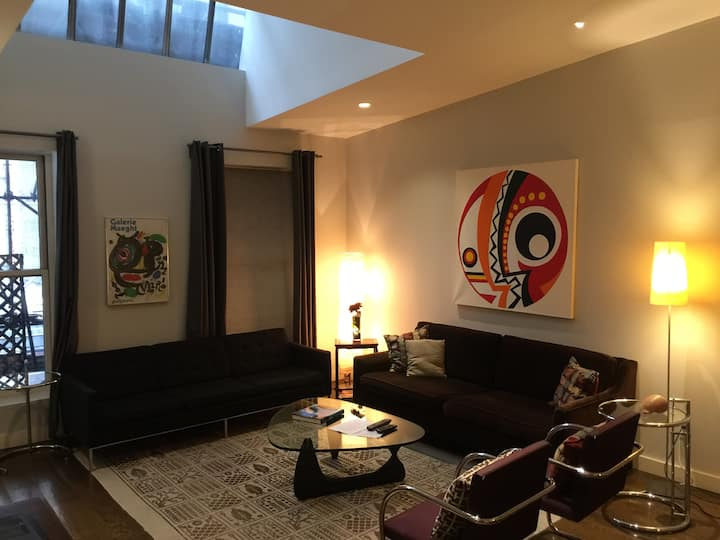 Beautiful Flatiron 3 Bedroom, 2 Bath Loft