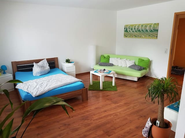 Niveauvolle Ferienwohnung am Kulkwitzer See - Markranstädt - Huoneisto