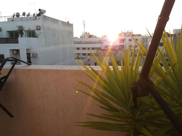 chambre avec une belle terrasse