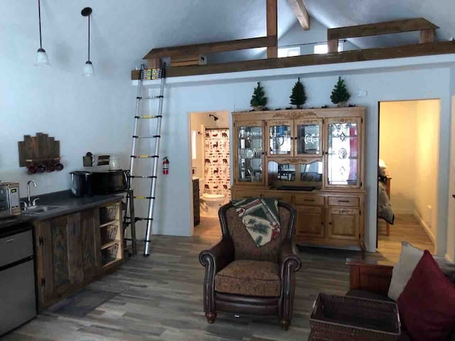 Wilde Country Cabin - country living atmosphere