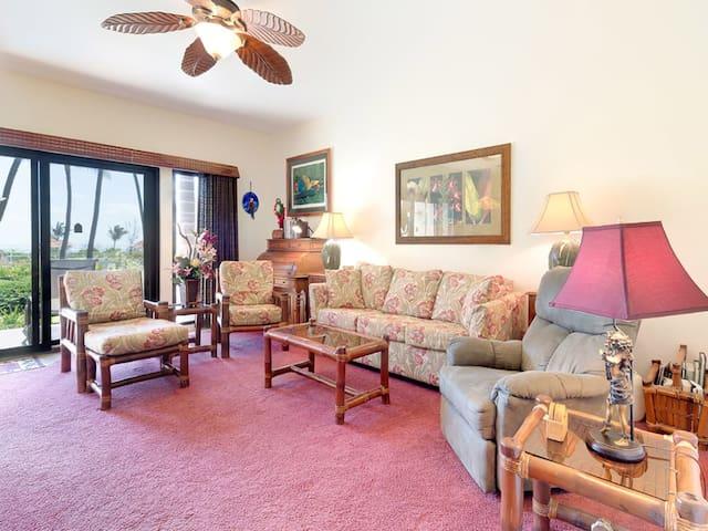 Ground Floor Ease+Island Style w/Full Kitchen, Lanai, Ceiling Fan, WiFi–Kaha Lani 105