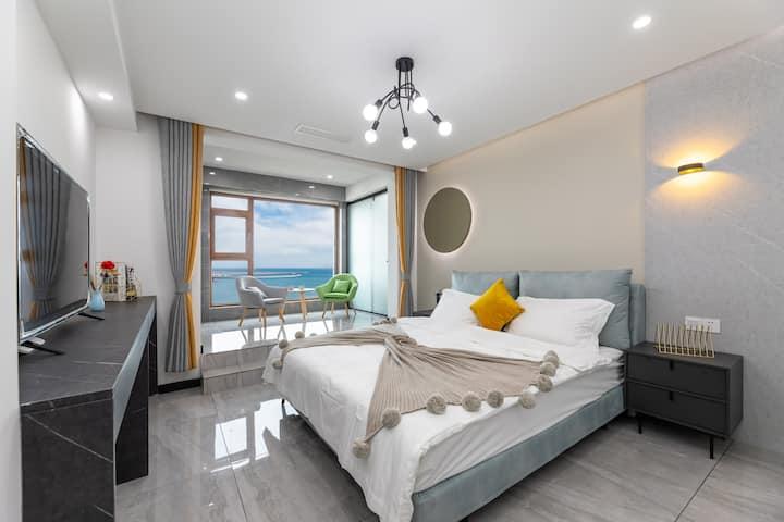 金梦海湾第一观轻奢风180°海景公寓