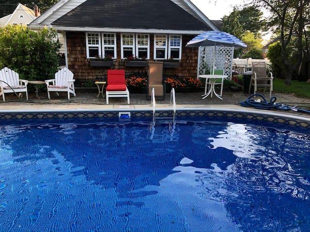 Poolside Suite-Gateway to Portland