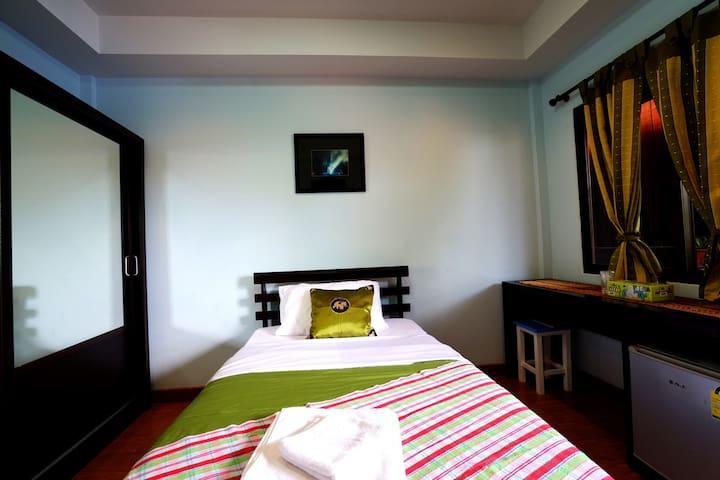 Peaceful Solo Room in Chiang Mai - Hai Ya - Apartamento