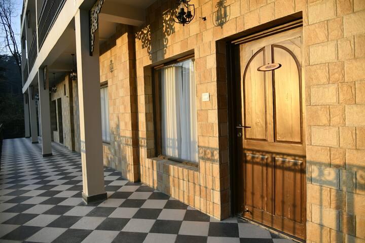 2 Junior Suites in Shimla Heritage Homestay
